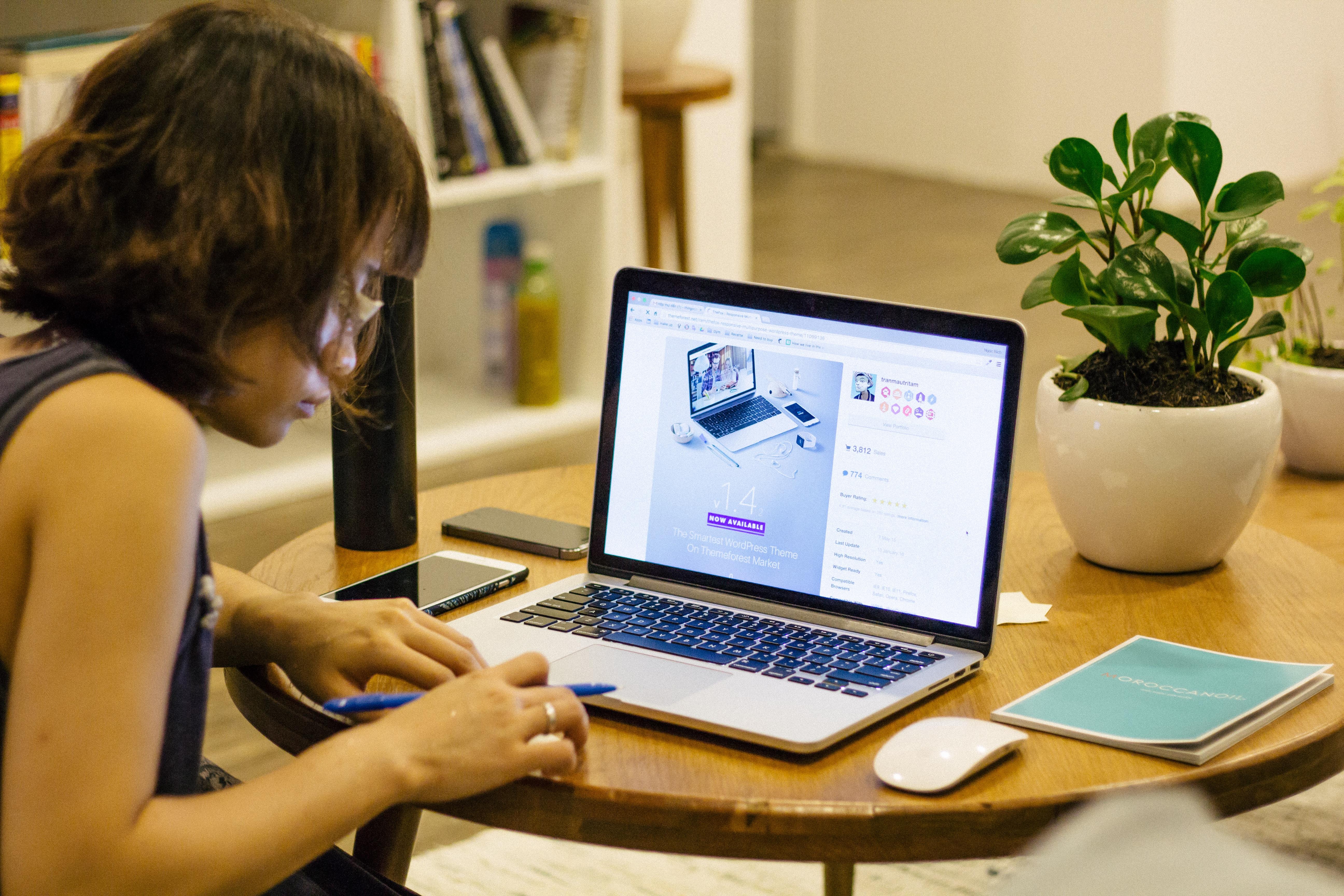 HubSpot-blog-5-Tipps-wie-Sie-Ihr-Home-Office-effektiver-gestalten_1.jpg