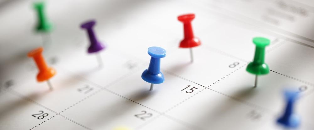 Kalendereinladungen in E-Mails einbetten