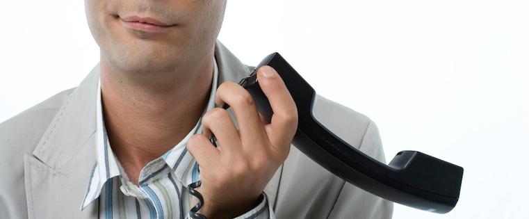 Neun unmögliche Verkaufsfloskeln, bei denen potenzielle Kunden sofort den Hörer auflegen
