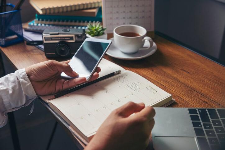 Monatsplan: So legen Sie einen Kalender in Excel an (inkl. Vorlage)