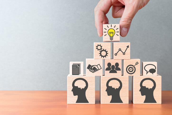 Wissensmanagement-Tools: Die 7 besten Anbieter im Vergleich