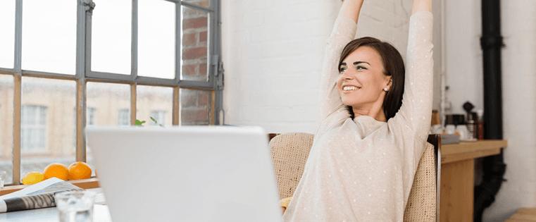 Effizient im Home Office arbeiten: So wird das Wohnzimmer zum Büro