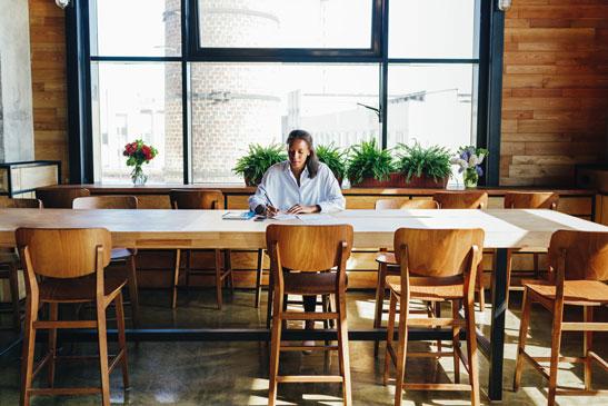 Kleinunternehmerregelung was sie wissen sollten frau an tisch