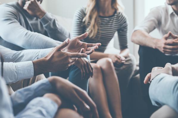 Nonverbale Kommunikation: Wie wir uns ohne Worte verständigen