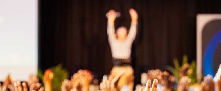 10 TED Talks, die sich Sales-Profis ansehen sollten