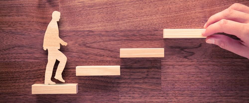 3 konkrete Beispiele für die Buyer's-Journey verschiedener Branchen