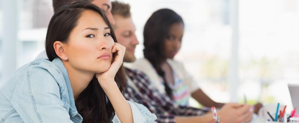 7 Anzeichen dafür, dass andere Ihre Meetings langweilig finden