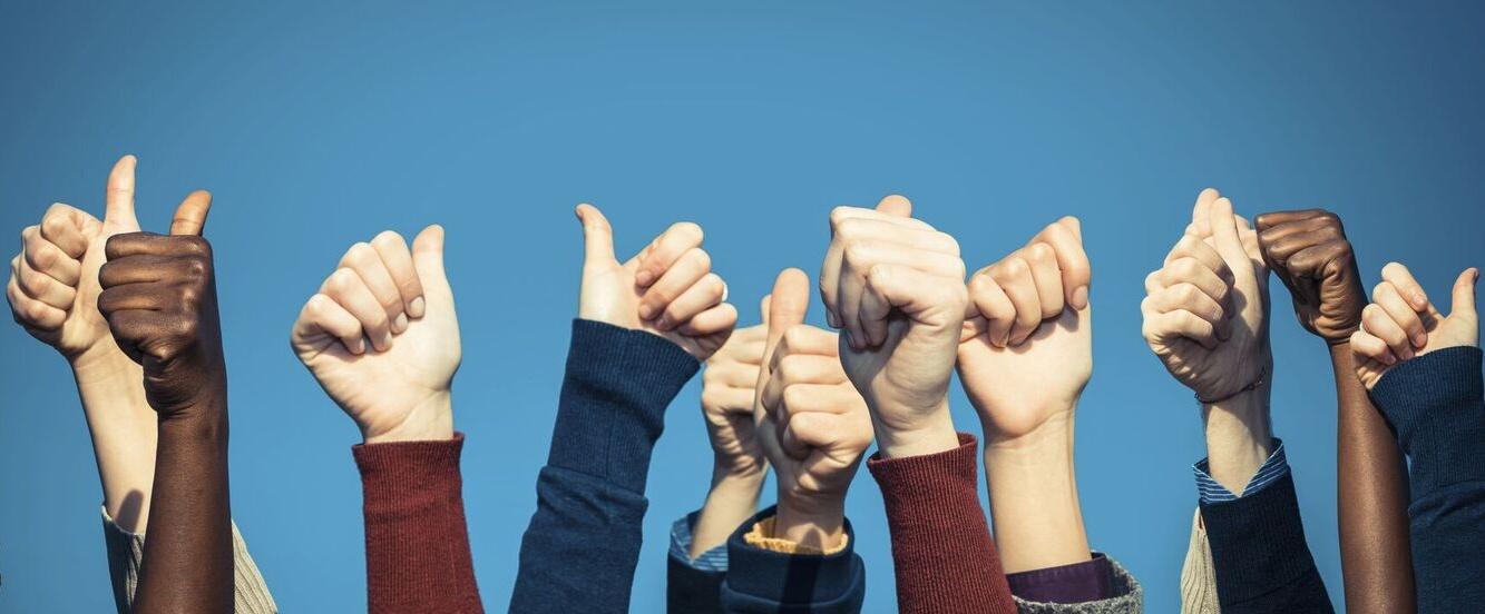 Mehr Ironie, weniger Klischees: 8 Beispiele für wirklich witziges Produkt- und Servicemarketing